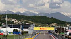 Le pilote Mercedes Valtteri Bottas gagne le Grand Prix de