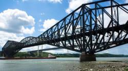 Les citoyens souhaitent à tout prix préserver le pont de