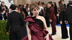 À peine arrivée au Met Gala, Lena Dunham a été transportée aux