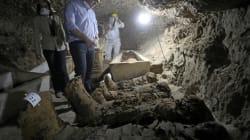Égypte: 17 momies découvertes dans des
