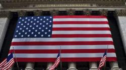 Les déboires de Trump font chuter le dollar et Wall
