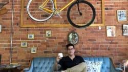 Un café-boutique où l'on peut faire réparer son