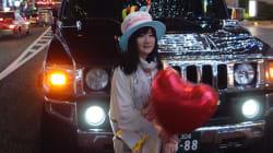 ひとりで過ごすことに罪悪感があるのは、一体なぜなんだろう?朝井麻由美さんに聞いた。