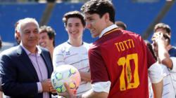 Trudeau sur la pelouse de l'AS Roma pour une bonne