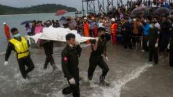 Écrasement d'avion au Myanmar: récupération des corps et des
