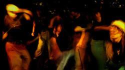 Un bar doit interdire les spectacles de hip-hop pour obtenir un permis