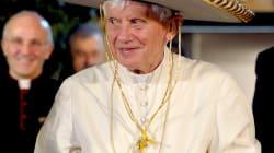 Le pape aux chapeaux
