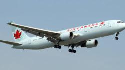 Un avion d'Air Canada contribue à un