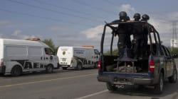49 cadavres sur le bord d'une route au