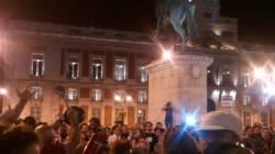 Reacciones: 500 personas en Sol, la oposición quiere