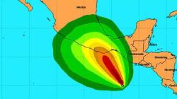 L'ouragan Carlotta atteint la catégorie