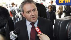 Présidence de l'UMP: Xavier Bertrand renonce pour être candidat en