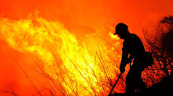 Incendie à la frontière avec l'Espagne: la France envoie des