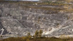 Global Call For Asbestos Mining Ban As Quebec Revives