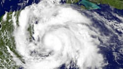 La tempête Ernesto s'affaiblit après avoir fait cinq morts au