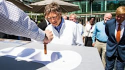 Bill Gates premia los inodoros 'del futuro'