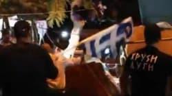 Los neonazis griegos asaltan un mercadillo de inmigrantes