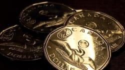 Le dollar canadien clôture sous les 70 cents