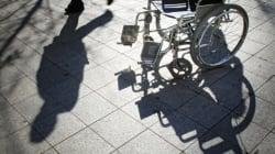Handicapée, elle est jugée... sur le parvis du