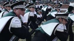 Gangnam Style version fanfare dans une université
