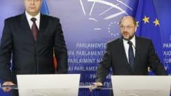 Il presidente Schulz e il gigante