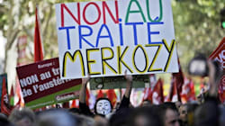 Primo guaio per Hollande, ottantamila in piazza a