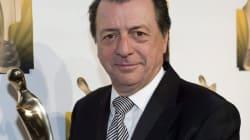 En pause de la télévision : Jean-Luc Mongrain écrit un livre