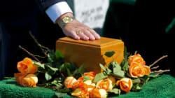 Aumentano le cremazioni: 85mila all'anno. Colpa della