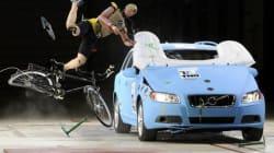 Sulle auto l'airbag per ciclisti e pedoni (FOTO,