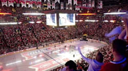 Crunch - Bulldogs: Du hockey au Centre