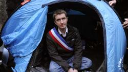 Valls rend une visite de