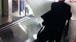 Il manager ubriaco e le scale