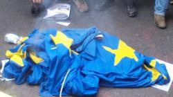 #14N a Torino: agente accerchiato da 50 persone e picchiato con mazza da baseball