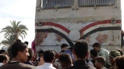 Egitto: strage di bambini, treno contro scuolabus (FOTO,