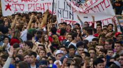 Studenti in corteo a Napoli. Slogan contro Napolitano ma nessun