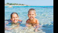 8 Ways to Heal Your Kid's Sunburn