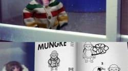 La scimmia Ikea col cappottino diventa virale: meme e fotomontaggi (VIDEO,