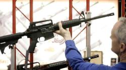 Un fonds d'investissement lâche le fabricant d'armes en cause dans la tuerie de
