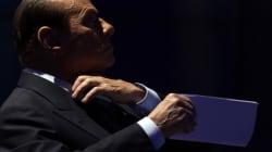 Silvio Berlusconi a Porta a Porta getta la maschera e torna Caimano. Prima mano tesa, poi attacca Monti e Casini. E spiega co...