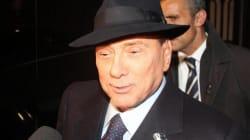 Silvio corre ai ripari dopo le frasi su Mussolini: