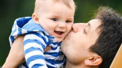 Pères divorcés aux droits bafoués: un homme seul peut-il élever ses