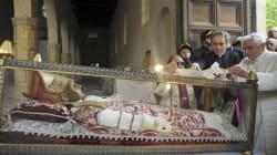 Dimissioni del Papa/ Le spoglie di Celestino V vestiranno il pallio di Benedetto