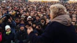 Grillo riempie le piazze...della Lega. A Bergamo il comico attacca Maroni