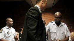 Après une nuit en prison, Pistorius est présenté devant un