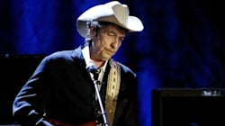 Bob Dylan Will Finally Accept His Nobel Prize This