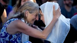 Iconic Photo Shows Mother Of Portland Victim Embracing Woman In Headscarf At