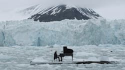 WATCH: Pianist's Haunting Performance Amid Crumbling