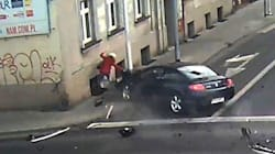 Streetlight Saves Pedestrian From Death By Speeding
