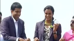 Olympic Champion PV Sindhu Gets A Hero's Welcome In