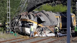 At Least 4 Dead And Dozens Injured After Train Derails In